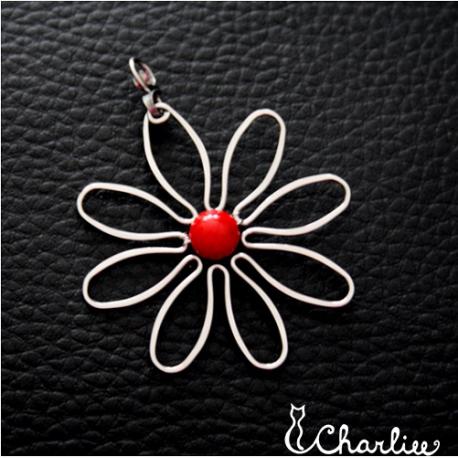 Přívěsek Květ - Korál červený