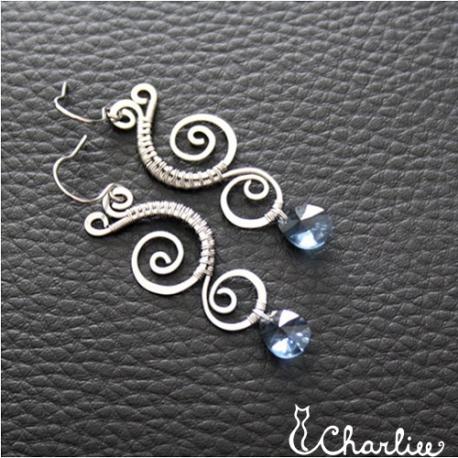 Náušnice Něžná kráska - Swarovski krystaly (modré)