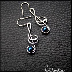 Náušnice Houslový klíč - Hematit modrý